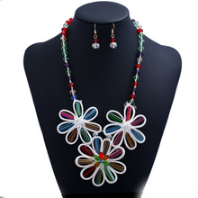 Fashion brands in Europe and the wind rope hand-woven ornaments faceted crystal cloth flower necklace jewelry popular woman