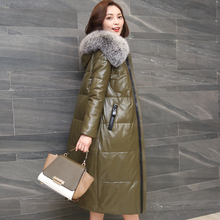 Ptslan 2017 New Genuine Leather Sheepskin Leather Down Jacket Women's Long Fox Fur Collar Collar Cultivating Coat hooded