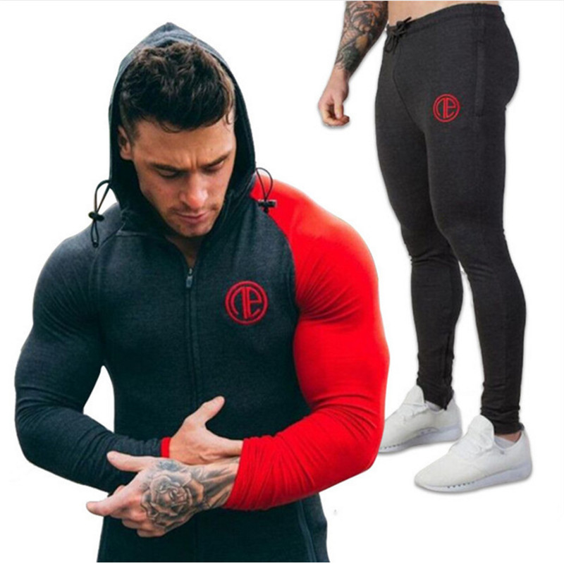 Gyms New Men s Sets 2018 moda ropa deportiva chándales conjuntos hombres  sudaderas con capucha + Pantalones a896e7264790f