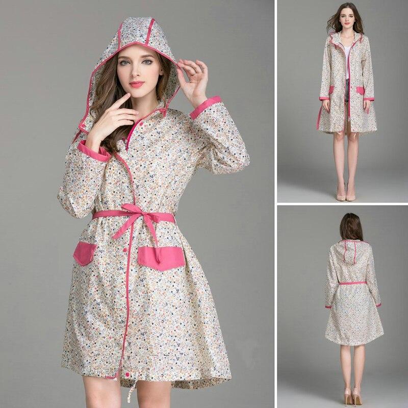 2018 חדש איכות גבוהה אופנה נשים פרחוני מעיל גשם עם חגורת אור לנשום בגדי גשם למבוגרים המותג גשם מעיל