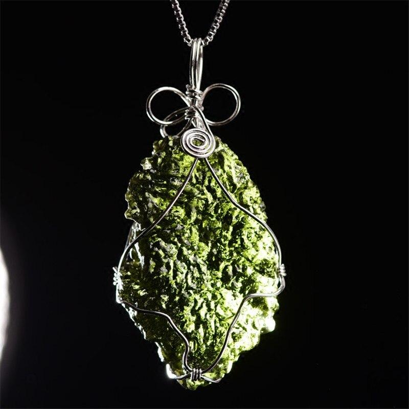 Moldavite naturale Verde Aeroliti Ceco Meteoriti Di Energia di Cristallo Apotropaico Chakra Reiki Guarigione di Pietra Dei Monili di Regalo Collezione