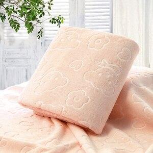 Image 1 - 70X140CM микрофибра быстросохнущее полотенце медведь банные полотенца с героем мультфильма хлопок мягкие сухие полотенца кухня чистые впитывающие полотенца цвет