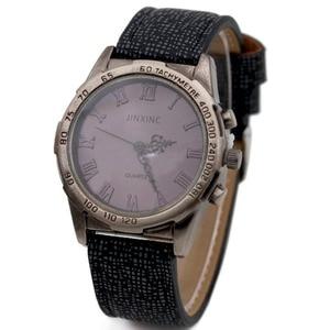 Quartz Wristwatches Universal