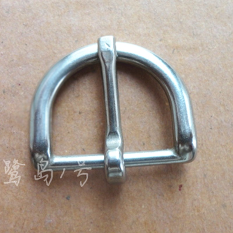50 PCS Lot Sacs matériel boucle en acier inoxydable moitié ronde boucle En Cuir  boucle en métal W018 66999c97990