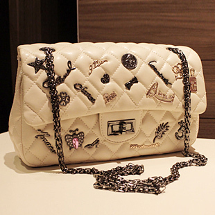 2.55 Reissue Aged Calfskin Flap Bag Embellished with Medallions Women CF Single Shoulder Bag with Chain Women Messenger Bag