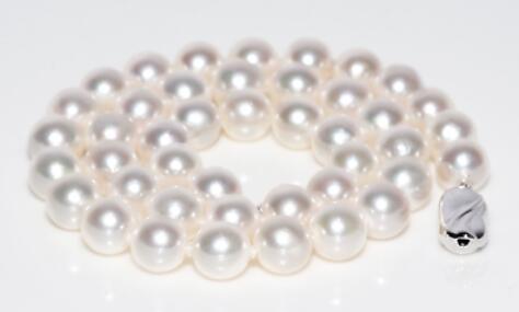 elegant 10-11mm rouns south sea white pearl necklace 18inch 925selegant 10-11mm rouns south sea white pearl necklace 18inch 925s
