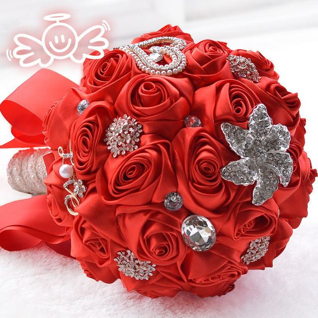 Luxury Crystal Beaded Red Bridal Brooch Bouquet Supplies Silk Roses Wedding Bouquets Pearls Artificial Bride Hand Flowers 2017