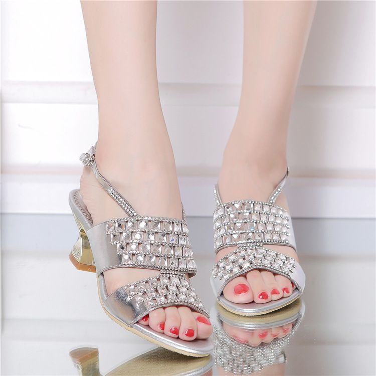 ФОТО 2017 Women's Summer New Rhinestone Sandals Open Toe Hollow Out Thick High Heel Summer Shoes Ankle Strap Sandals 5-6cm