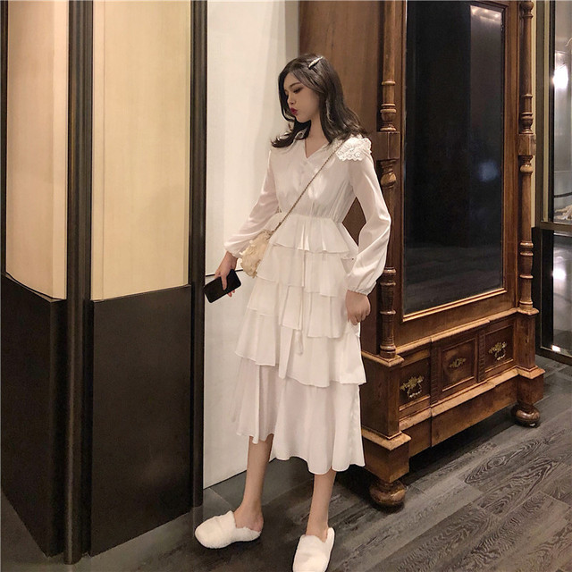 2019 Spring Summer French Women Retro Dress Vintage Fashion V Neck Midi  Cake Dress Long Sleeve Black White Chic Dress Vestidos 1a035013c435