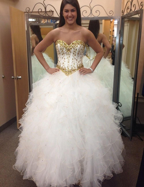 b8153f532 vestido longo de 15 anos Quinceanera Dresses White and Gold Ball Gown Gold  Crystals Ruffles Tulle quinceanera gown lace-up