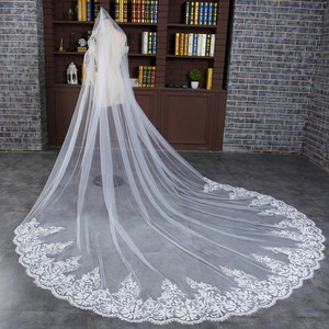 Image 3 - 3 M Wedding Veil Cathedral One Layer Lace Appliqued Long Bridal Veils With Comb Woman Marry Gifts 2018 New hot Accessories