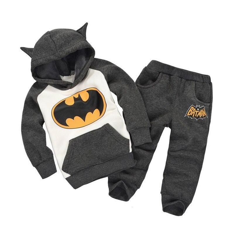 2017 winter children's clothing suits batman kids hoodies + pants children sports suit boys clothes set retail