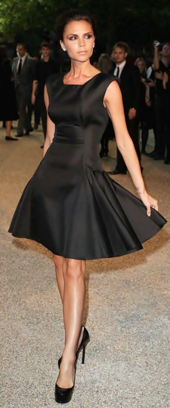 SZ473 Victoria Beckham Elegant Black A Line Celebrity Dresses Sexy  Sleeveless Above Knee Pleat Short Prom Dresses vestidos -in Celebrity-Inspired  Dresses ... 75247e213755