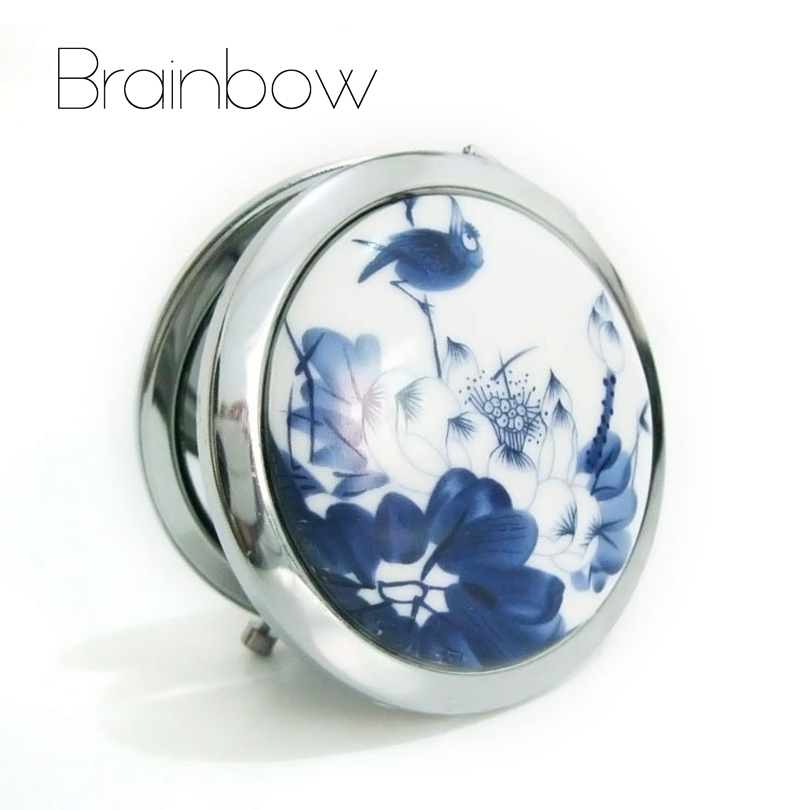 Makeup Mirror White and Blue Porcelain Pocket Mirror Compact Folded Portable Small Round Hand Mirror Makeup Vanity Metal espelho