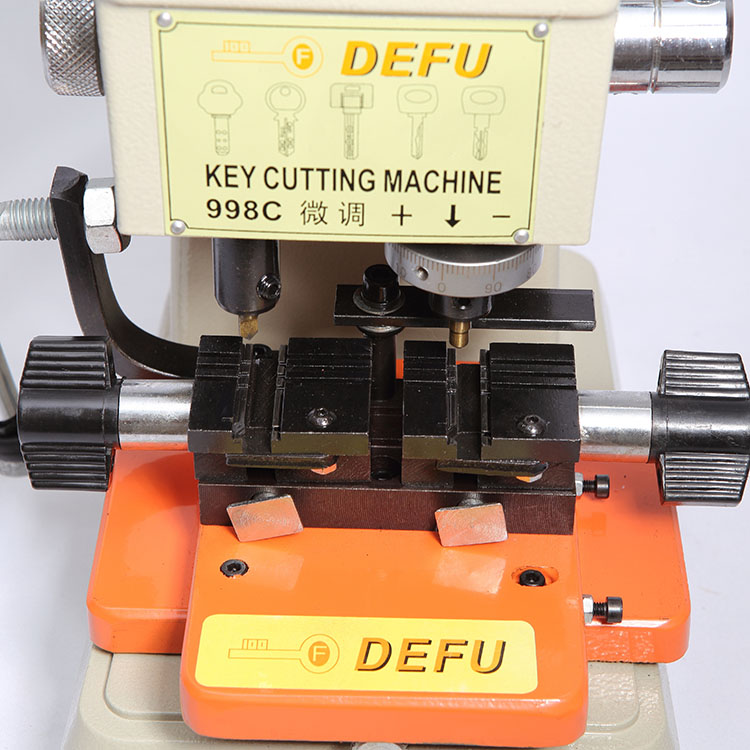 Raktų pjaustyklė Defu 998C Raktų pjaustymo staklių šaltkalvio - Rankiniai įrankiai - Nuotrauka 3