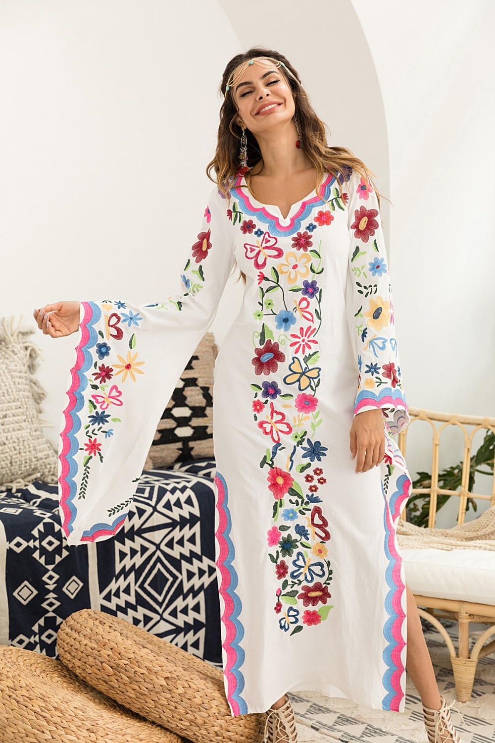 New Vintage Flared Long Sleeve Bohemian Multi Flower Embroidery Maxi Dress Women Sexy Boho Loose Festival