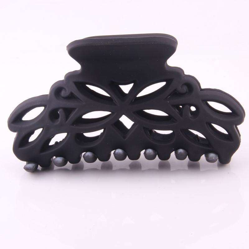 9.5 CM Crab For Hair Scrub Solid Black Plastic Hair Claw Clip Hollow Out Flower Shape Large Size Hair Clamps Washing Hair Device