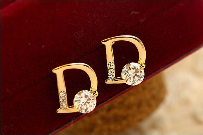 Fashion 1 Pair Luxury Delicate Stud Earrings Small Asymmetrical D Rhinestone Earring Accessories Gift For Women Grils