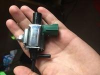 Nuovo Elettrovalvola del Vuoto uso OE NO. K5T46590, ZM0318741 per Mazda RX-6 MPV Protege 626