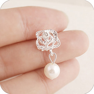 2015 Fashion Camellia Rose imitation pearl earrings female jewelry wholesale free shipping