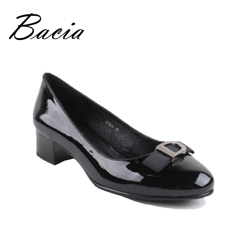 ФОТО Bacia Low Heel Fashion Shoes Sheepskin Genuine Leather Pumps Round Toe Low Heels Female  zapatos Mother Shoes Russian Size VB018