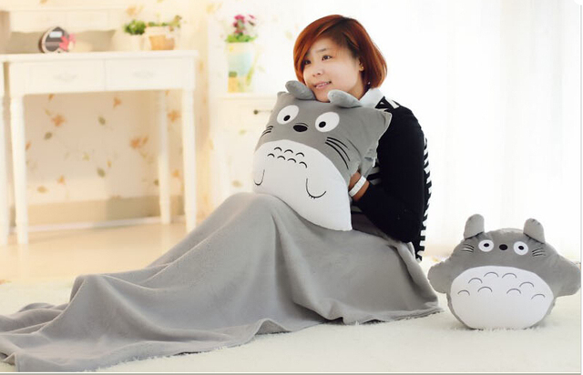 Round Totoro doll+ blanket 100 * 80cm Baby blanket cute plush toys Christmas gift Adult Cushion FREE SHIPPING