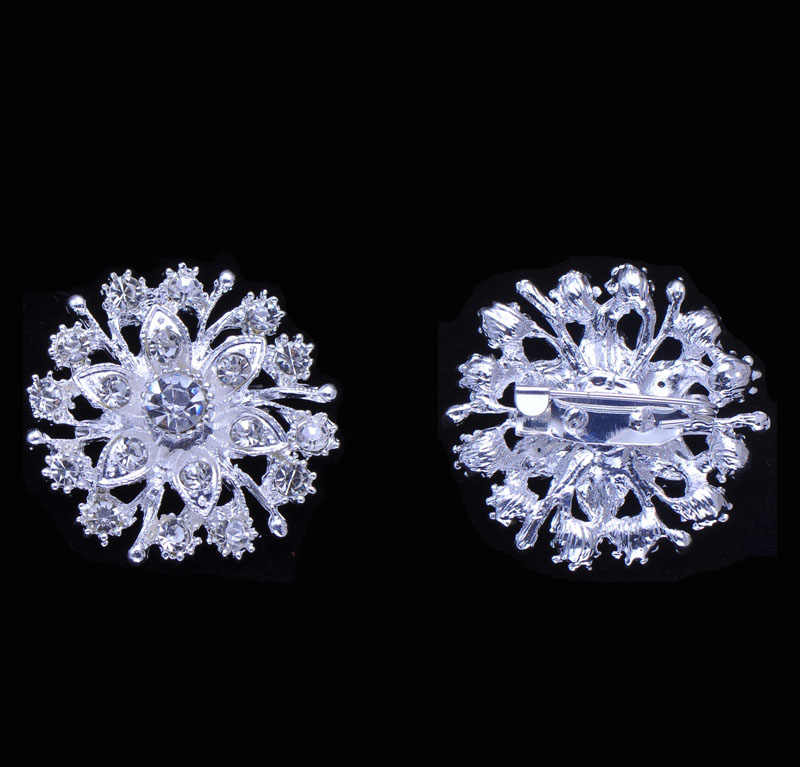 (S0707)   32mm round rhinestone brooch,with pin at back,silver or light gold plating,all crystals