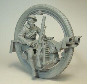 Image 1 - Không Phủ Sơn Bộ 1/35 Người Đàn Ông Với Monowheel Moto INLCUDE 7 Đầu Hình Lịch Sử Nhựa Bộ Mô Hình Thu Nhỏ