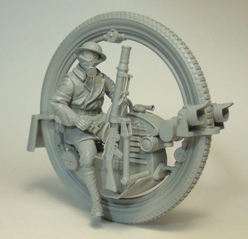 Unpainted Kit  1/35  MAN with Monowheel moto INLCUDE 7 HEADS   figure Historical  Resin kit miniature modelModel Building Kits   -
