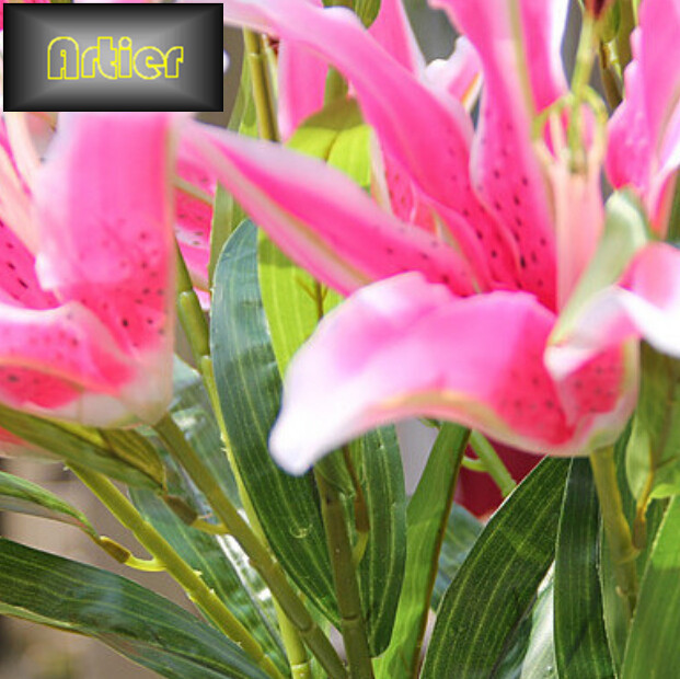 Factory direct three lily flower wholesale high end simulation silk ...