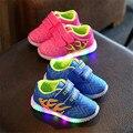 2017 Дети повседневная Мода Дети Мальчики Девочки Shoes Sport Running Shoes со СВЕТОДИОДНОЙ Подсветкой 2 цветов Ребенок Shoes 21-25 27-31