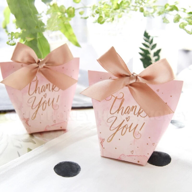 5dd400862506 US $44.09 10% OFF|100pcs Lovely Pink love hearts Wedding Favors Candy Boxes  Bomboniere Gift Box thank you gift bag Sachet Party Chocolate Box-in Gift  ...
