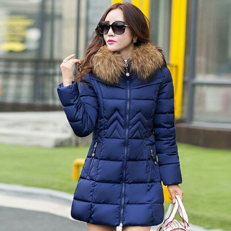 ФОТО Large Real Natural Raccon Fur 2016 New Fashion Women's Winter Jacket Down Cotton Jacket Down Parka  Wadded Jacket Female Jaetck