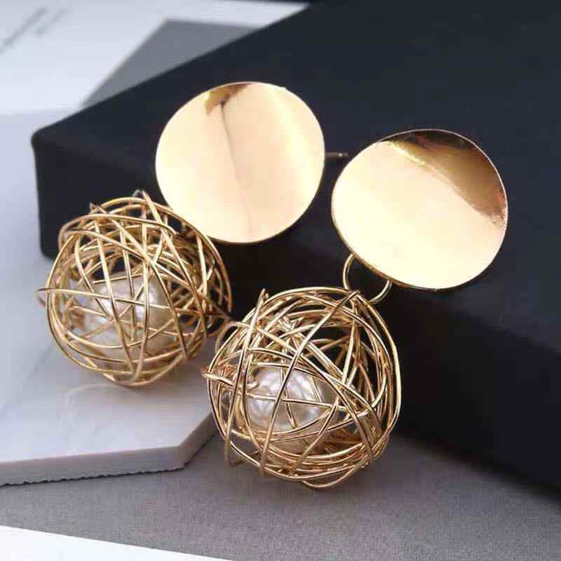2019 new retro geometric simple woven ball imitation pearl metal earrings female jewelry wholesale