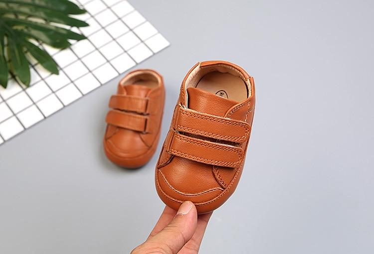 Couro genuíno novo bebê da criança sapatos
