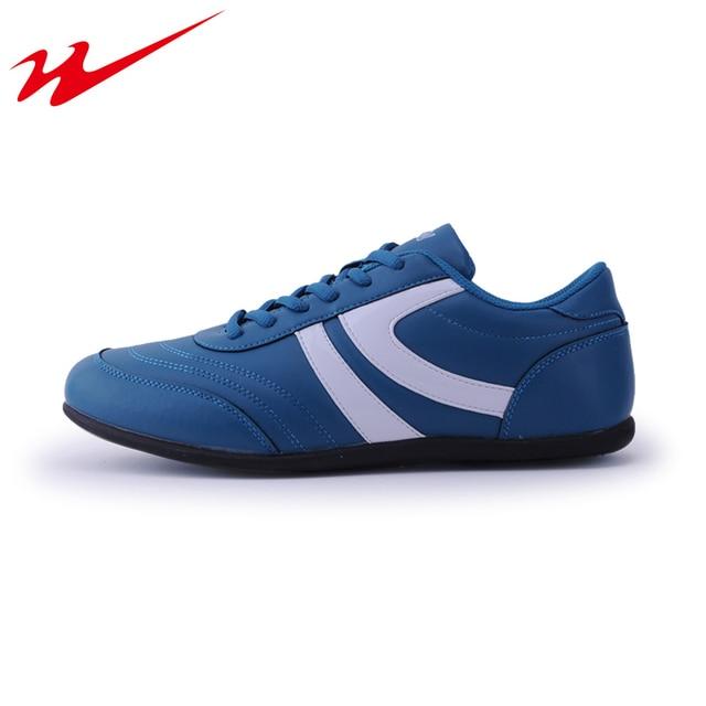 DOUBLESTAR Hombres MR Profesional Zapatos de Fútbol Entrenamiento de Fútbol  Deportes Al Aire Libre Zapatos resistentes 9d3654a321cb8