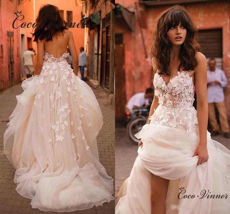 Beautiful Wedding Dresses 2019: Beautiful Flower Appliques Bohemiam Beach Wedding Dress