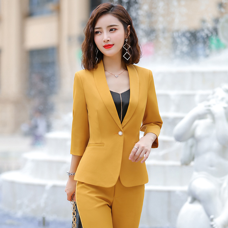 Professional Women's Suits 2019 Autumn New Five-point Sleeves Solid Color Slim Suit Temperament Casual Trousers