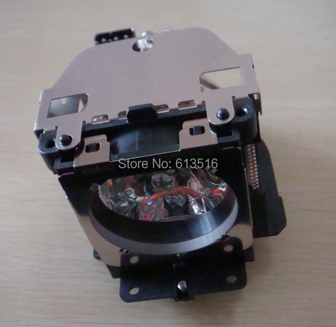 Lamp With housing LMP111/610 333 9740 for  projector SANYO plc-XU101 plc-XU105  plc-WXU30 PLC-XU1060C plc-1050  plc-XU1000c poa lmp111 lmp111 610 333 9740 ekkv 111 lamp for sanyo plc xu101 xu101 plc wxu30 wxu30 plc wxu3st plc xu105 xu105 projector bulb