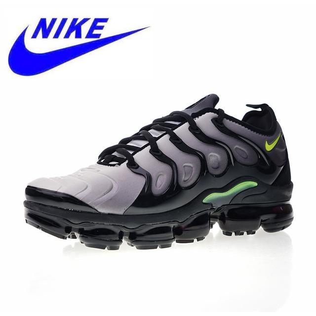 Original Nike Air Vapormax Plus TM Men's Running Shoes New Outdoor Sports Shoes Non-slip Shock Absorption AQ8632 001 924453 009