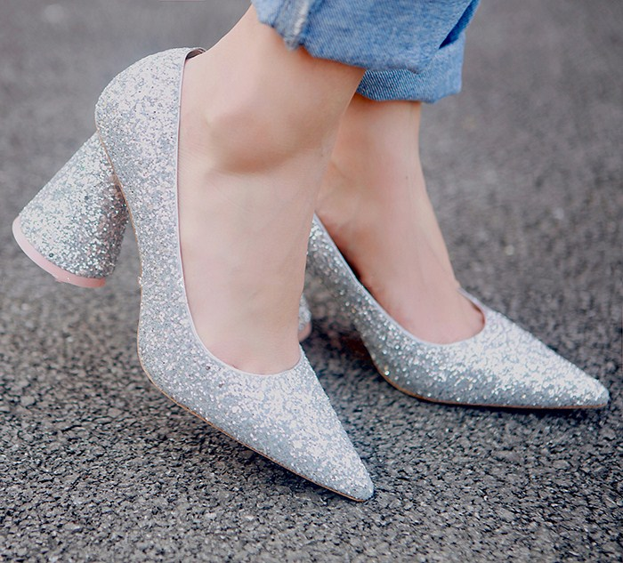 Pic as Talons Mulher Robe De Femmes Style Bling As Pointu Hauts Sapatos Dames Étrange Luxe Conception Pompes Mariage Chaussures Bout Pic Partie USqzpMGV