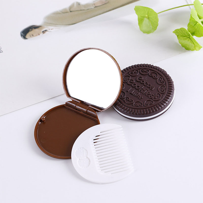 2019 DIY Makeup comb Cute Yummy Makeup Mirrors Chocolate cookie Shape Women Female Portable Chocolate Mirror Beauty Accessories