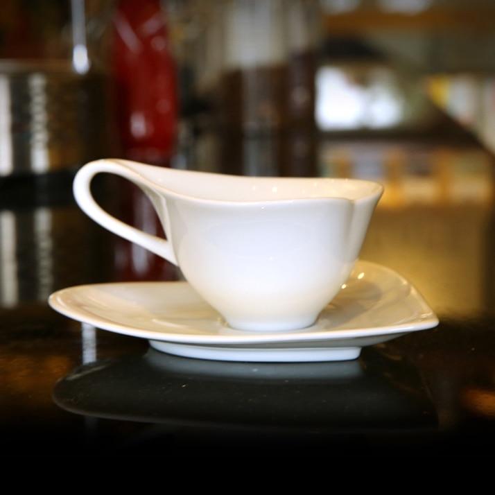 Simple Europe <font><b>Ceramic</b></font> <font><b>Heart</b></font> <font><b>Shape</b></font> Creative <font><b>Coffee</b></font> <font><b>Cup</b></font> <font><b>Set</b></font> <font><b>Tea</b></font> Vintage <font><b>Tea</b></font> <font><b>Cup</b></font> Tekopp Best <font><b>Cups</b></font> Drinks Products 50N5067