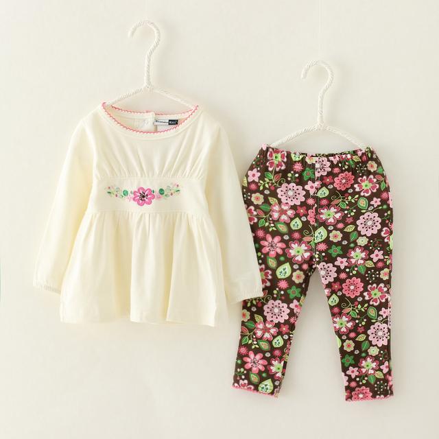 Branco bonito Crianças Conjunto de Roupas de Bebê Da Criança Meninas Flores Impressão Pant & Camisa Ocasional 2-Piece Suit para Crianças Desgaste Menina