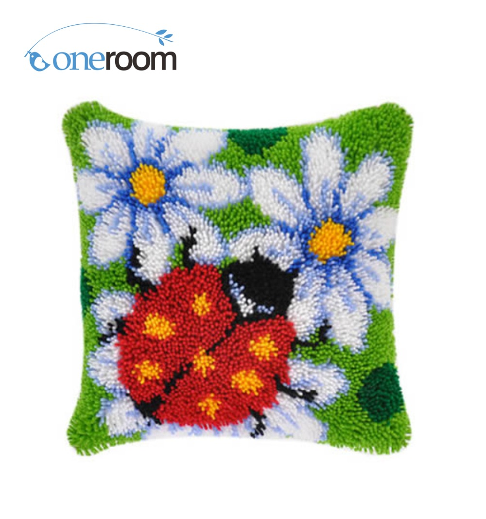 Bz125 Ladybug In Flowers Hook Rug Kit Pillow Diy Unfinished Crocheting Yarn Mat Latch