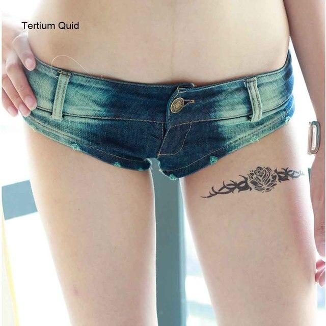 Micro shorts ass lips