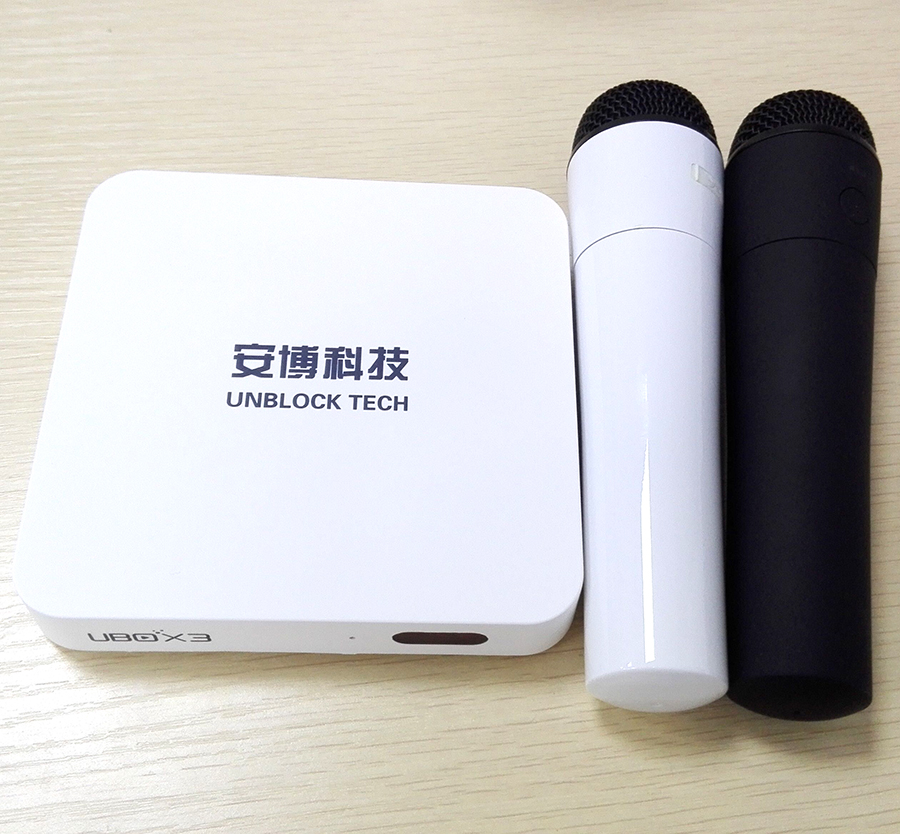 UBOX3 S900 Pro Bluetooth and Wireless Microphone for karaoke