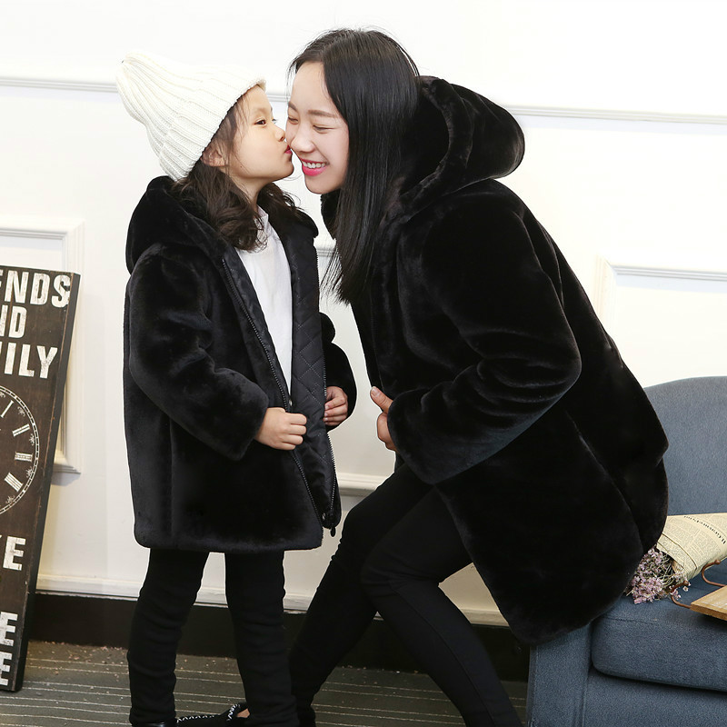 Parent-child Clothes Autumn and Winter New Korean Version Boy and Girl Baby Fur Coat Long-style Mother and Daughter Clothing 2014small little girl homemade parent child clothes for mother child bugs bunny cartoon one piece dress baby sweatshirt