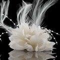 8 colores flor de plumas Clips bolas ramillete pelo del Fascinator nupcial partido Hairband