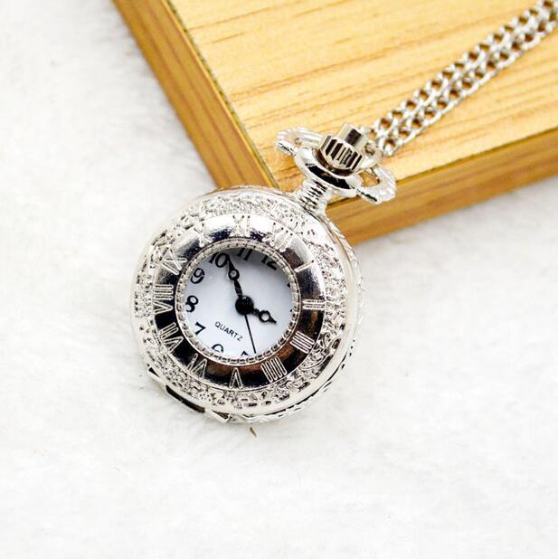 Vintage Silver Fashion Quartz Roman Numerals Hollow Hours Pendant Good Quality Necklace Pocket Watches Gift